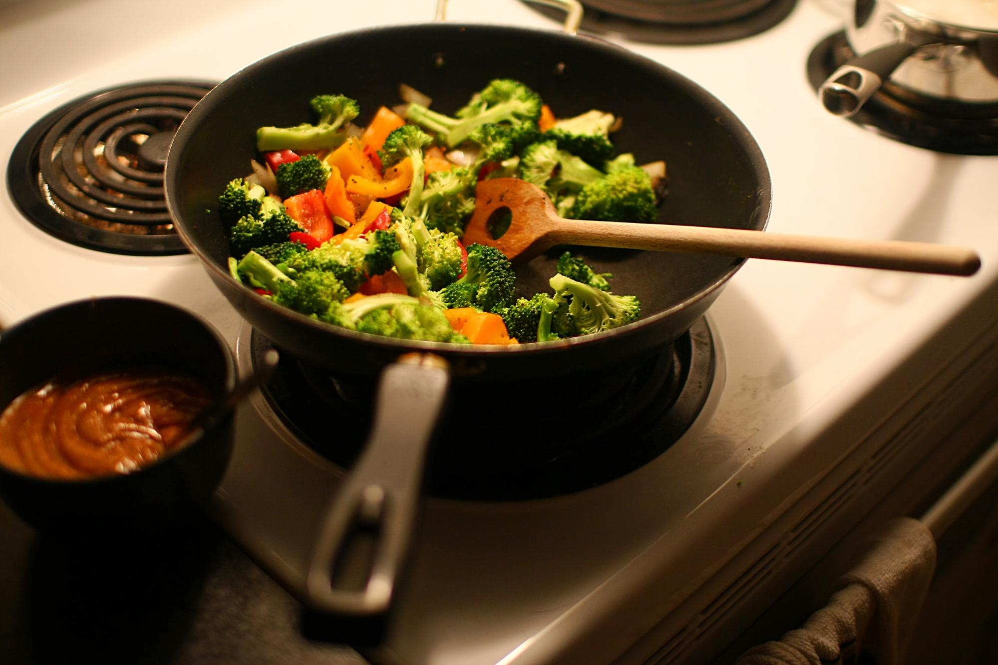 frying veggies - common kitchen mistakes